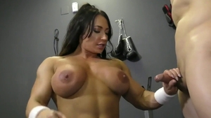 Muscled Brandi Mae has a taste for real sex