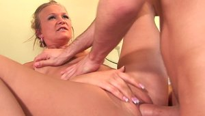 Hard ramming accompanied by gorgeous babe Katie Morgan