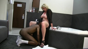 Muscled busty wife interracial banging in hotel HD