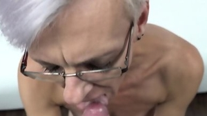 Sucks dick and fucks at castings amongst MILF