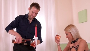Romantic fingering along with blonde Cherry Kiss HD