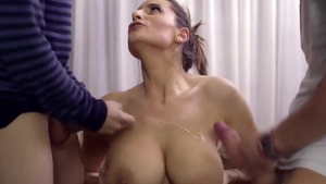 Young blowjob cunnilingus in HD