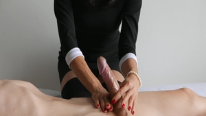 Cumshot in company with babe