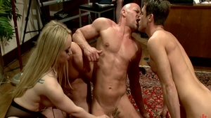 Real sex in the company of big boobs mistress Aiden Starr
