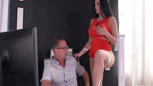 Aletta Ocean in tandem with David Perry fingering