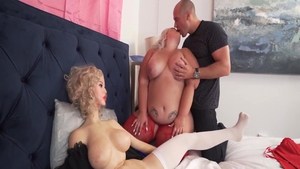 Erotic Tiffany Star feels the need for orgy