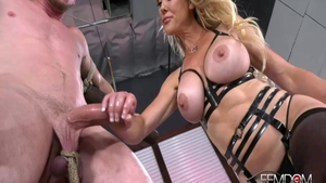 Hawt MILF Brandi Love gets a buzz out of the best sex