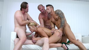 Hot pounded by big cock Choky Ice