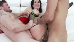 Gangbang escorted by big ass babe Veronica Avluv