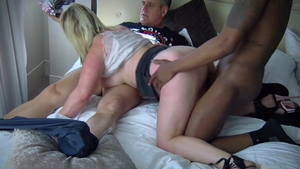 Cumshot with swinger