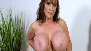 Shelby Gibson busty mature masturbating solo