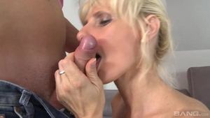 Young mature hardcore cum in mouth sucking cock in HD