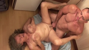 Busty erotic hungarian babe pussy eating in the kitchen