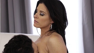 Brunette India Summer ass to mouth