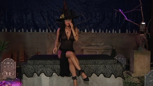 Asian Asa Akira in high heels masturbation