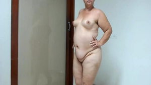 Ass fucking on web-cam along with chubby babe