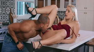 Bella Danger blowjobs
