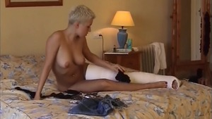 Trimmed girl dildo fun
