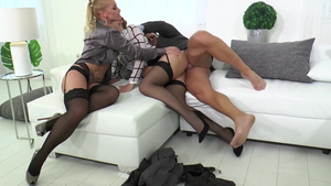 Blonde haired Shona River loves orgy in HD