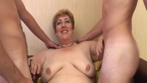 Chubby french amateur first time gangbang