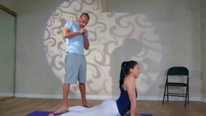Yoga video accompanied by bubble butt taboo Mandy Muse