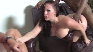Big boobs wife Gianna Michaels has a thing for hard ramming