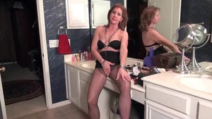 Sex toys porn starring hawt reality Karen Summers
