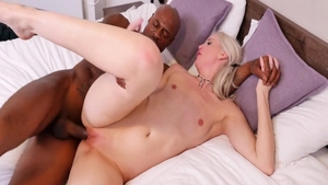 Real sex along with very hawt MILF Lexi Lou
