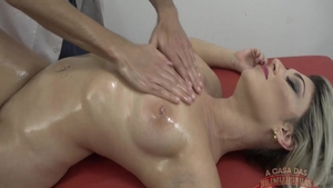 Perfect babe experience massage