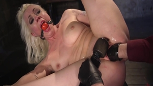 Bondage with big boobs babe Lorelei Lee