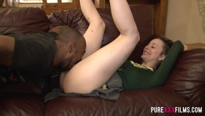 Brunette Alessa Savage rushes rough nailing in HD