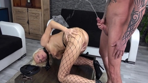 Vanessa Hell squirting