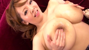 Erotic babe Hitomi Tanaka finds pleasure in nailed rough
