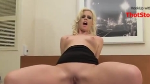 Sexy german amateur wishes for homemade cumshot HD