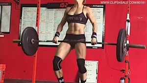 Solo muscled female fitness