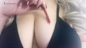 Very juicy amateur dirty talking masturbating in HD