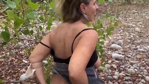 MILF gets a buzz out of raw hard sex on the nature in HD
