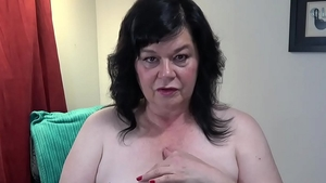 Virtual pussy sex in company with huge boobs cougar