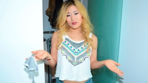POV blowjobs amongst shaved asian blonde Akemi Rose in the bed