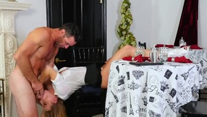 Blonde haired Britney Amber goes in for dick sucking