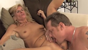 Big ass mature raw doggystyle cumshot HD