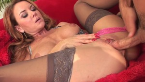 Sex scene in the company of big booty stepmom Janet Mason