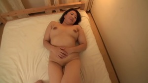 Good fucking in company with japanese stepmom