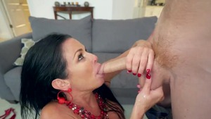 Big tits MILF Veronica Avluv likes raw hard sex in the bed